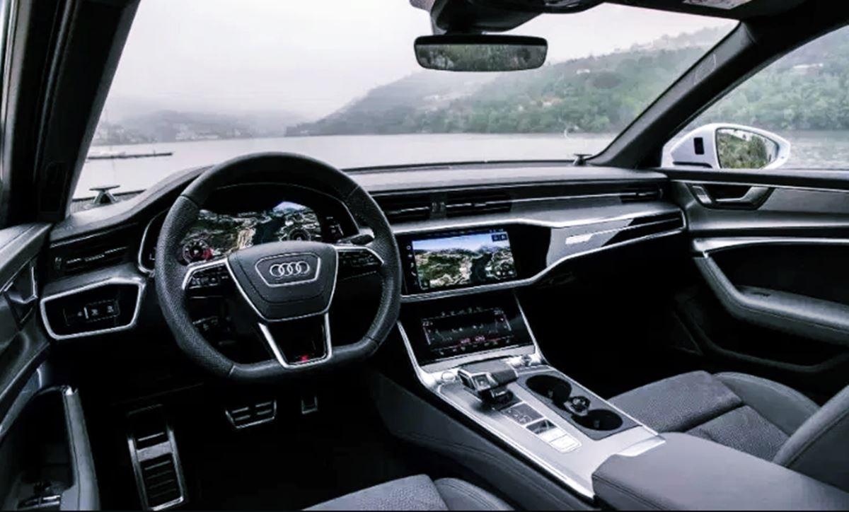 2023 Audi RS6 Avant Interior